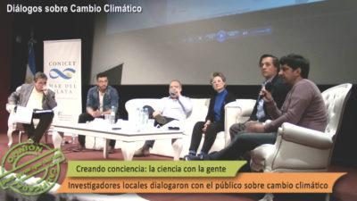 La mesa de científicos sobre el cambio climático, abordado multidisciplinariamente. | Foto: Patricia Silva.